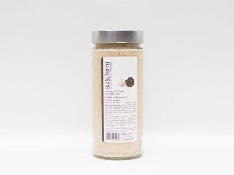 Produse din trufe Cremă din usturoi și trufe