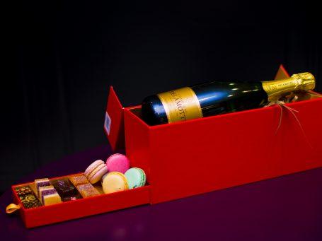 La nobilta del gusto set cadou Champagne Delmotte