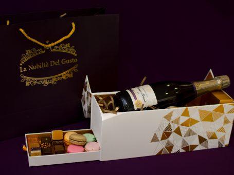 Cadouri inedite Champagne purple